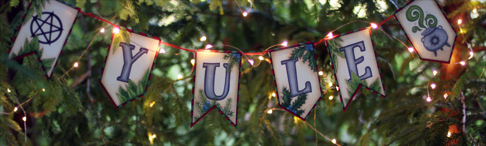 Yule Decorations Papercraft Banner