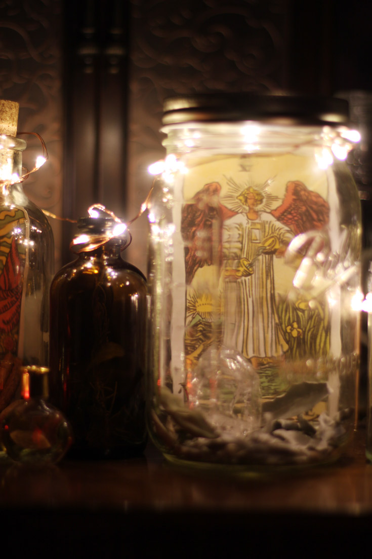 Make these magical Witch Jars for your Yule Altar